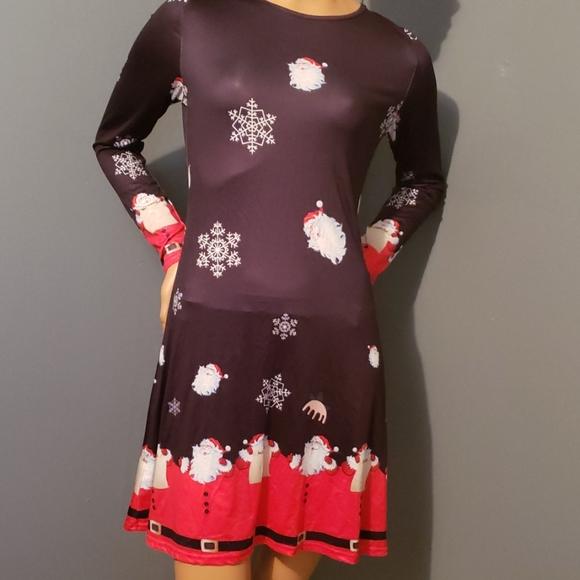 NWOT CHRISTMAS DRESS SIZE MED